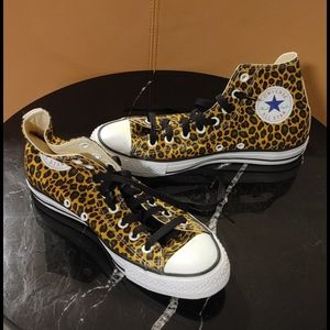 Leopard converse high tops